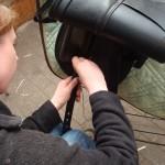 Stropparna till sadelgjorden behövde justeras bakåt på just denna sadeln.